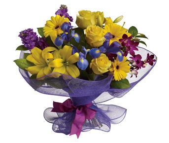 Send Flowers For Graduation